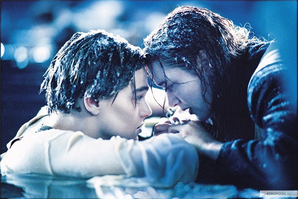 Xúc động những câu chuyện tình do phó thuyền trưởng Titanic kể lại