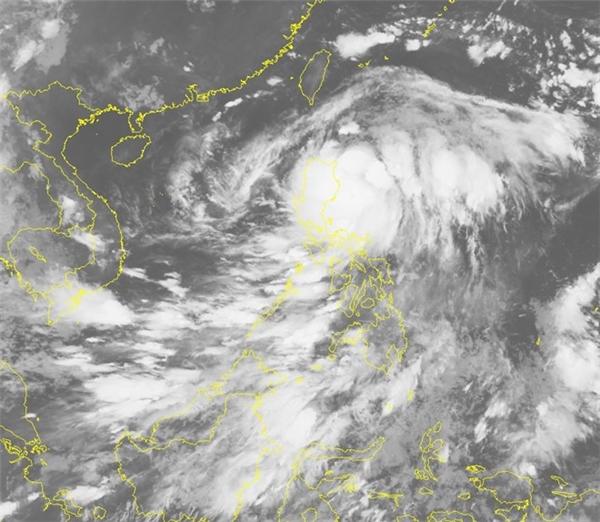 Hình ảnh cơn bão qua vệ tinh. Ảnh:NCHMF.