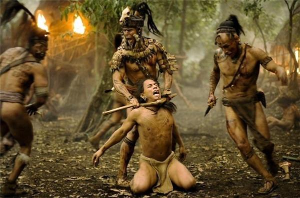 Apocalypto kể về những cuộc chiến giành sự sốngcủa các bộ tộc châu Mỹ thời Maya.