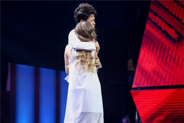 Vũ Cát Tường cho biết cô sẽ hướng dẫn Milana thể hiện nhiều ca khúc tiếng Việt đúng với mong muốn của cô bé.