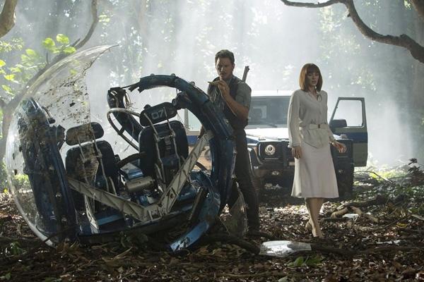 Ai đã từng mê mẩnbộ phim kinh điển Jurassic Park chắc chắn không thể bỏ qua bộ phim này.