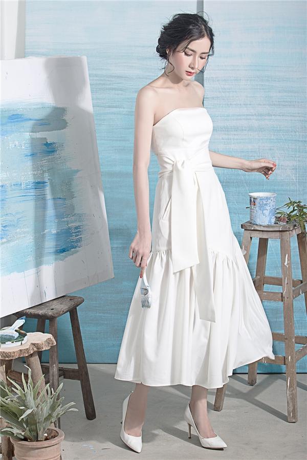 Bí quyết diện hai sắc màu xanh, trắng đẹp như tranh vẽ