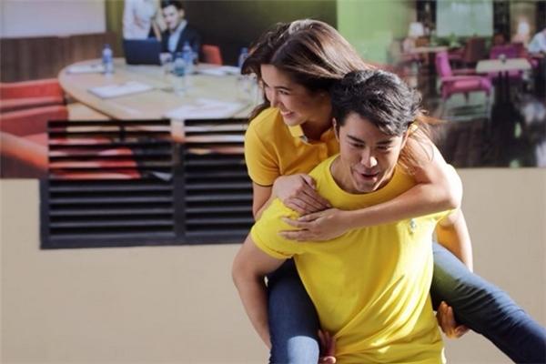 Jayda và Naphat được bình chọn là một trong những cặp đôi đẹp nhất Thái Lan.