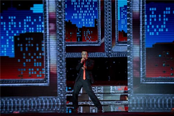 Lựa chọn bản hit của Trọng Hiếu nhưng Adam vẫn chưa làm hài lòng khán giả về giọng hát của mình.