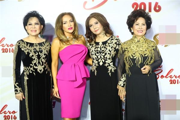 """""""Bộ tứ quyền lực"""" trên """"ghế nóng"""" đảm nhận vai trò tìm ra quán quân Tình Bolero 2016 gồm các nữdanh ca: Giao Linh, Phương Dung, Họa Mi và Thanh Hà."""