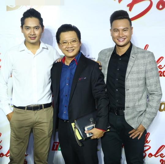 Minh Luân vui vẻ bên nhà báo Phước Lập và MC Đào Duy.