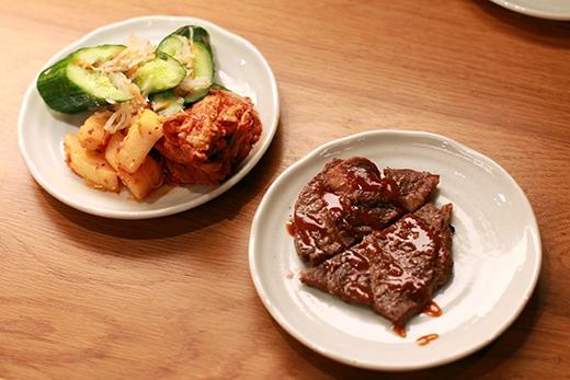 GyuShige sẵn sàng phục vụ bạn từ kiểu BBQ nướng tại bàn cho đến alacarte (gọi món) và buffet nên bạn có thể cảm thấy hoàn toàn thoải mái.