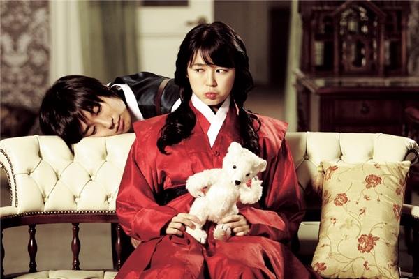 Chuyện tình của nàng Shin cùng chàngHoàng Thái tử Lee Shinlà toàn bộ điểm sáng của bộ phim. (Ảnh: Internet)