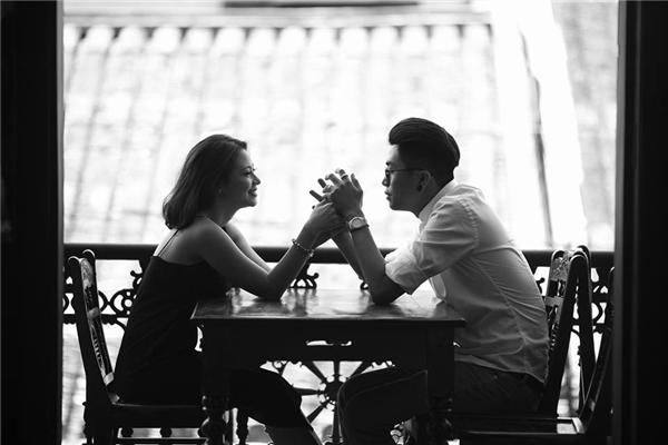 Những khoảnh khắc ngọt ngào khiến ai cũng phải ghen tị của cặp vợ chồng trẻ. (Ảnh: Internet)