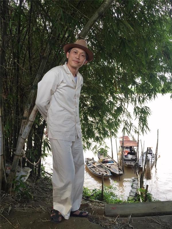 """Mới đây trên trang cá nhân, NSƯT Hoài Linh háo hức chia sẻ những chiếc """"siêu du thuyền"""" độc nhất vô nhị, làm nhiều khán giả bật cười thích thú trước sự hài hước của anh. - Tin sao Viet - Tin tuc sao Viet - Scandal sao Viet - Tin tuc cua Sao - Tin cua Sao"""