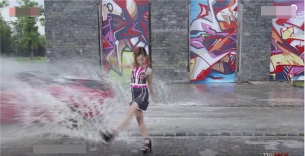 Bị Hồ Ngọc Hà chê bất bình thường, Mai Ngô liệu có an toàn?