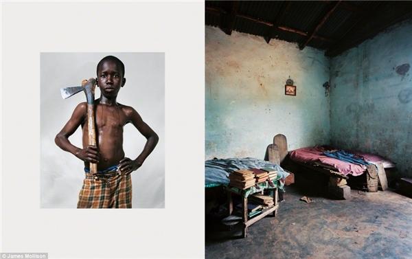 Lemina, 12 tuổi, làng Bounkiling, Senegal: Lemina học tại trường nam sinh dạy kinhKoran và chung phòng với một vài học sinh khác. Một ngày của Lemina bắt đầu bằng công việc đào đất, thu hoạch và cày bừa trên nông trại của trường vào lúc 6g sáng. Vào buổi chiều, Lemina cùng các bạn học kinh Koran cho đến tối. Lemina thích chơi bóng đá vào lúc rảnh rỗi và mơ ước trở thành một thầy giáo.