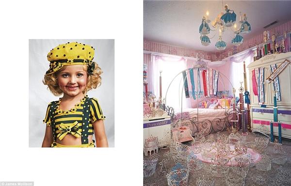 Jasmine, 4 tuổi, Kentucky, Mỹ: Cô công chúa nhỏ Jasmine sống với ba mẹ và 3 anh trai trong 1 căn nhà lớn ởvùng quê Kentucky. Phòng ngủ của Jasmine được lấp đầy những vương miện và dải băng danh hiệu trong các cuộc thi sắc đẹp cô bétừng tham gia. Mỗi tuần, Jasmine tham dự 1 cuộc thi hoa hậu tiêu tốn gần 1000 đô la. Cô bé gần như dành tất cả thời gian cho việc luyện tập cho việc xuất hiệntrên sân khấu. Jasmine thích được cưng chiều như công chúa với mái tóc được chải chuốt điệu đà và ăn vận hợp mốt. Mơ ước của Jasmine là trở thànhngôi sao nhạc rock trong tương lai.