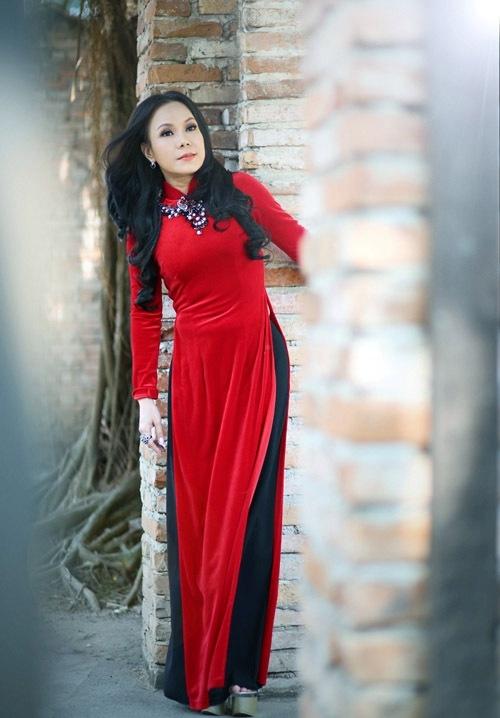 Việt Hương làm giám khảo Người nghệ sĩ đa tài.
