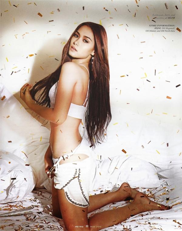 Salvador giữ vị trí thứ 6 trong danh sách 10 nữ diễn viên đẹp nhất Philippines.