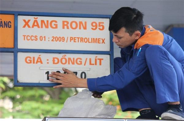 Đây là lần thứ 4 liên tiếp giá nhiên liệu được ghi nhận ở mức giảm.