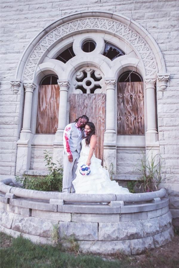 """""""Đám cưới này là dịp để chúng tôi bước ra khỏi vòng an toàn và thể hiện khả năng diễn xuất của mình – cho dù có hay không"""".(Ảnh: Internet)"""