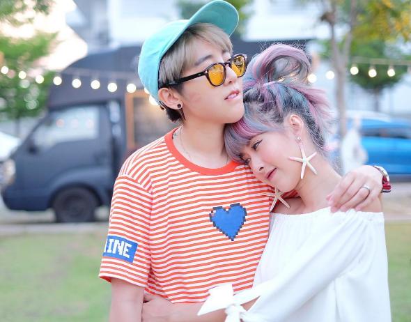 Qwaa và Doughnutt là cặp đồng tính nữ-nữ được yêu mến tại Thái Lan.