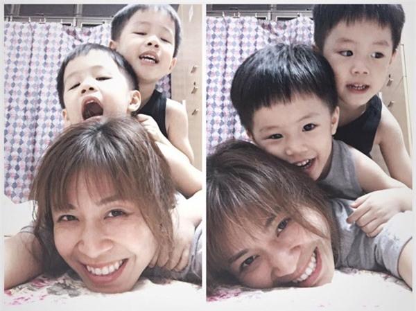 Nữ MC trân trọng những khoảnh khắc lớn lên của hai con nhỏ.