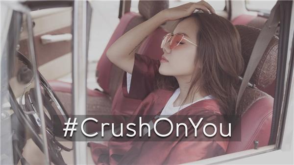 """Crush on you được viết theo dòng nhạc khá mới mẻ và sôi động so với thị trường âm nhạc hiện tại. Mặc dù ca khúc này chưa được công bố rộng rãi nhưng có thể xem đây là một sản phẩm """"chào sân"""" cho việc trở lại với sự nghiệp ca hát của Phương Ly."""