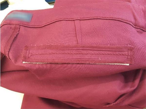 Lí do bất ngờ tại sao quần áo phụ nữ luôn có những chiếc túi giả