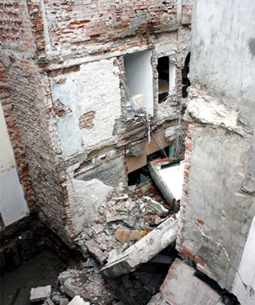 Những vụ sập nhà gây ám ảnh kinh hoàng giữa lòng Hà Nội