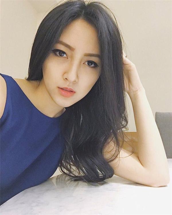 Khó rời được mắt trước vẻ đẹp đầy sắc sảo của cô nàng người Mỹ gốc Việt này!