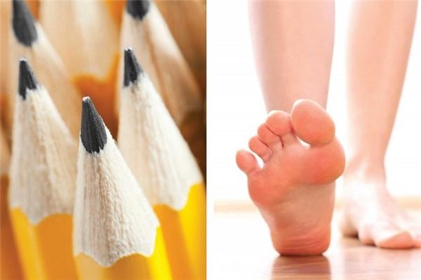 Đôi giày mới quá chật? Hôm nay bạn đi bộ hơi nhiều hay xếp hàng quá lâu? Hãy giải phóng cơn đau chân bằng cách đặt một cây bút chì lên sàn nhà và cố dùng ngón chân gắp nó lên. Cách này sẽ giúp bạn thư giãn chân và bớt đau cơ bắp hơn.
