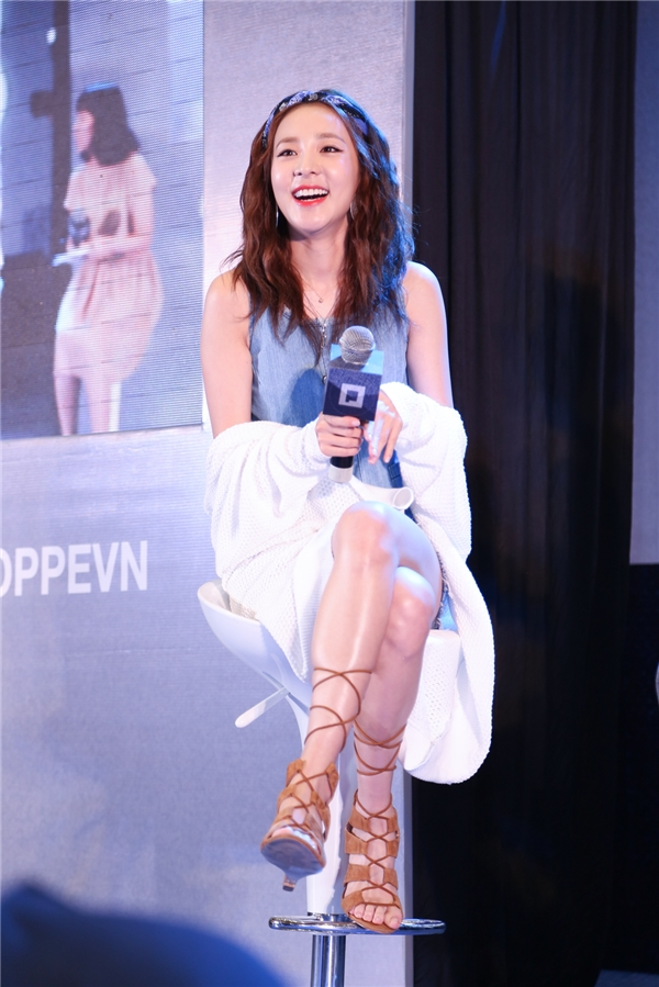 """Fans """"bấn loạn"""" trước câu nói tiếng Việt cực yêu của Dara (2NE1)"""