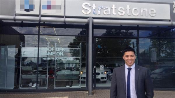 Anh Dang Vuong hiện đang là quản lí cửa hàng tạiđại lí của một hãngô tô danh tiếng. (Ảnh: CNN)