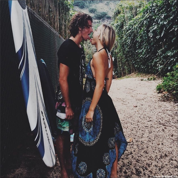 Chuyện tình lần đầu tiên được kể của cặp đôi sexy và đáng ngưỡng mộ nhất Instagram