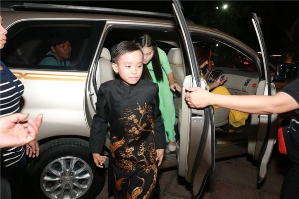 Vừa qua, Hồ Văn Cường cùng Phi Nhung đã có buổi biểu diễn đầu tiên tại thủ đô Hà Nội sau chiến thắng ở cuộc thi Vietnam Idol Kids.