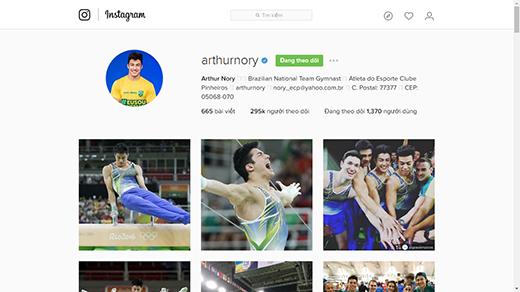 Trang Instagram của anh lên đến 295 ngàn lượt theo dõi.