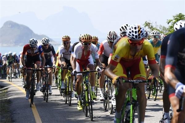 Ở nội dung xe đạp đường trường nam, tấm huy chương vàng danh giá đã thuộc về tay đua người Bỉ, Greg Van Avermaet.