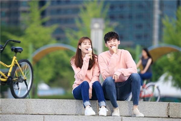 Phát hờn với buổi hẹn hò lãng mạn của cặp đôi W