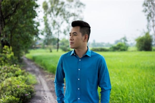 Được biết, sau single Đi Xa và Mẹ Hiền Yêu Dấu, nam ca sĩ với chất giọng sang trọng - Hồ Trung Dũngsẽ tiếp tục tái ngộ khán giả bằng một album gồm 11 ca khúc dành tặng riêng cho tất cả những người mẹ.