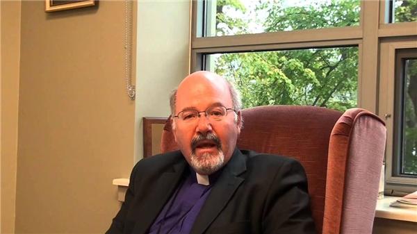 Giáo sưRon Cutler - Giám đốc khoa họcy sinh Đại học Queen Mary. (Ảnh: internet)