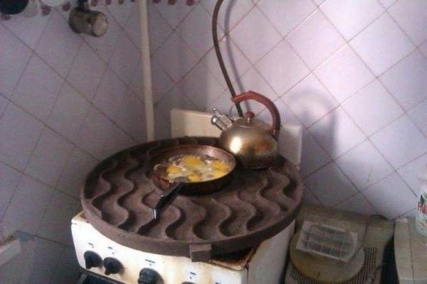 """Muốn nấu nhiều món không cần nhiều bếp, quan trọng là phải có một cái """"chảo"""" thật lớn."""