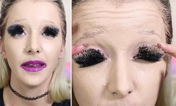 Jenna Marbles mới thực sự khiến người xem ngộp thở với 100 lớp kem nền, son môi và lông mi giả.
