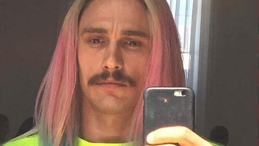 Tài tử điện ảnh khoe kiểu tóc mới trên tài khoản Instagram.