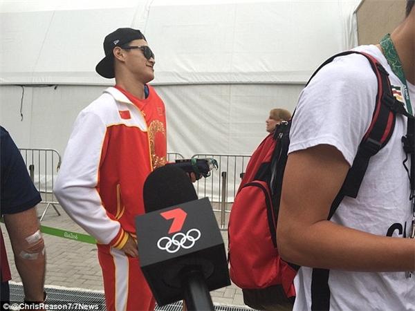 Chơi bẩn bất thành, kình ngư Trung Quốc khóc như mưa vì để hụt HCV Olympic