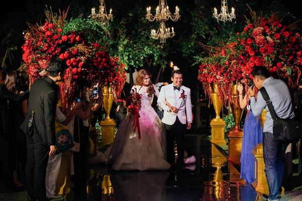 Thèm thuồng đám cưới đẹp quá sức tưởng tượng ở thiên đường Bali