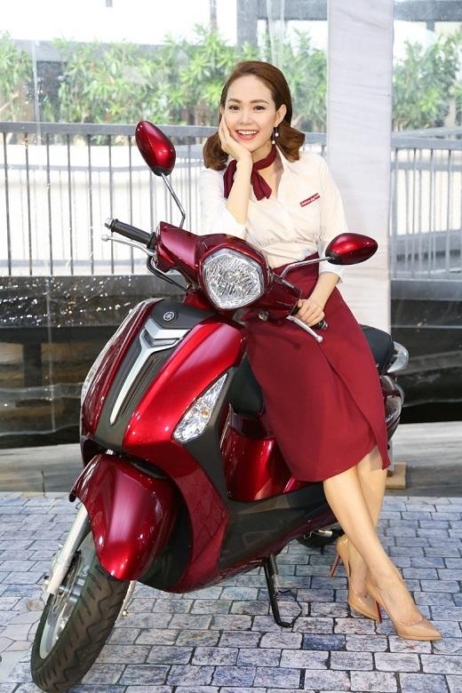 Minh Hằng hóa thân thành cô chủ quán café xinh đẹp cùng loạt biểu cảm đáng yêu. - Tin sao Viet - Tin tuc sao Viet - Scandal sao Viet - Tin tuc cua Sao - Tin cua Sao