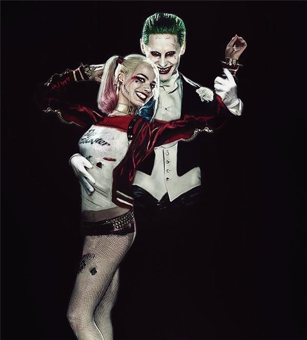 Và thế là một Harley Quinn điên loạn đã ra đời dưới bàn tay nhào nặn vô cùng bạo lực và tàn nhẫn của người tình.