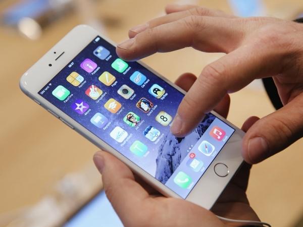 Apple luôn quan tâm đến công nghệ màn hình OLED. (Ảnh: internet)
