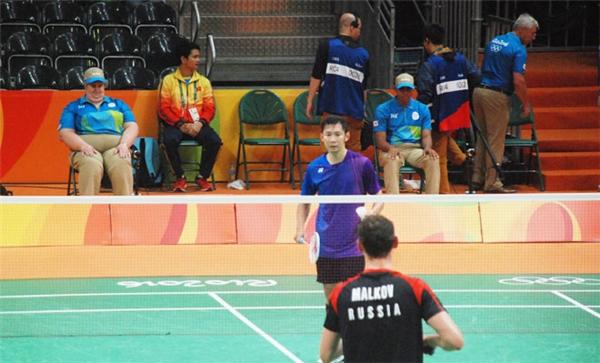 Sau lời động viên, Tiến Minh thi đấu khởi sắc hơn hẳn.