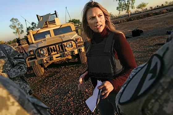 Nữ phóng viên xinh đẹp kiên cường tác nghiệp sau cơn ác mộng.