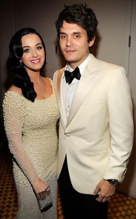 Tình bạn của Taylor Swift và Katy Perry bắt đầu rạn nứt vì John Mayer.(Ảnh: Internet)