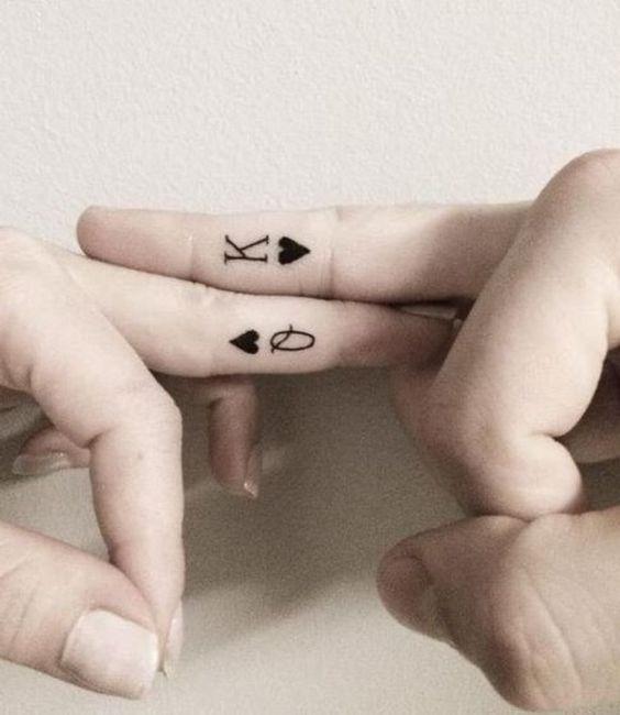 Hình xăm đôi ý nghĩa dành cho những cặp đang yêu nhau.