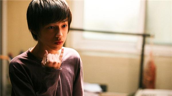 Min Soo (Baek Seung Hwan) - em học sinh câm điếc bịmột thầy giáo xâm hại và tra tấn.(Ảnh: Internet)